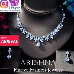 Queen Swarovski Crystals Imperial Necklace